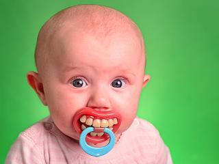 baby_teething